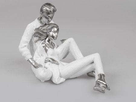 Formano Paar sitzend Liebespaar weiss-silber aus Kunststein Deko