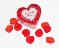 Herz mit 100 Rosenblättern