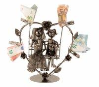 Hochzeitspaar auf einer Schaukel - kreatives Geldgeschenk